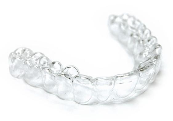 Зуб около десны полоска глубокая