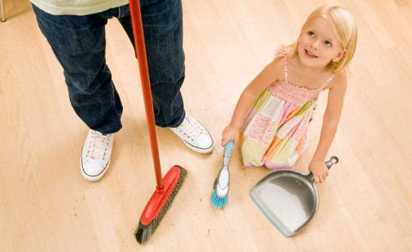 Как приучить ребенка к труду